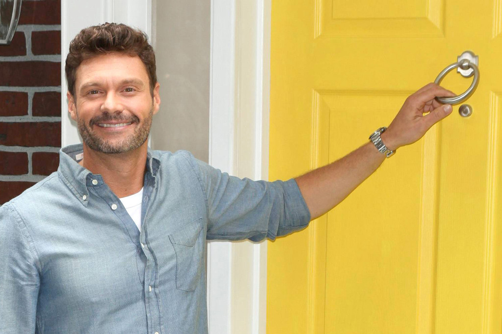 TV STILL -- DO NOT PURGE -- KNOCK KNOCK LIVE: Lives Change with one knock at the door on the new unscripted series ëKNOCK KNOCK LIVEî hosted by Ryan Seacrest, premiering Tuesday, July 21 on FOX. CR: Diego Corredor/FOX